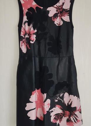 Кожаное платье max mara оригинал р.42  s-м
