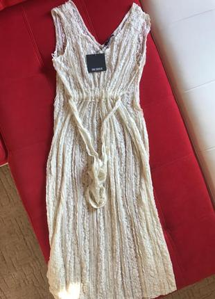 Кружевное ажурное платье на завязках цвета айвори от zara