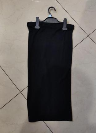 Черная мили юбка в рубчик