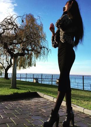 Чёрное длинное платье в рубчик, платье миди