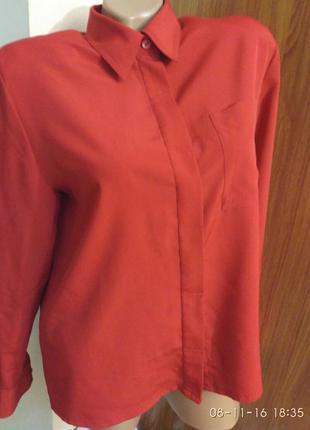 Красная рубашка (блуза)