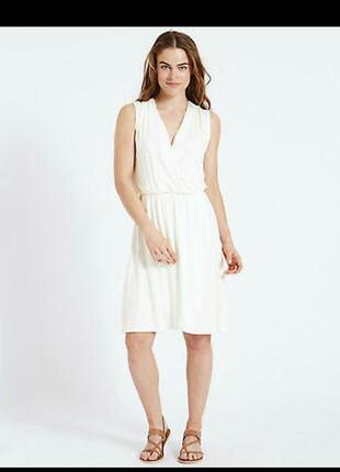 Новое белоснежное платье на запах 20/54-56 размера