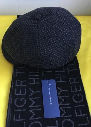 Комплект кепка мужская восьмиклинка и шарфик новые