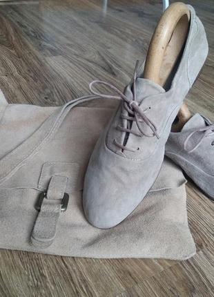 Очень стильные туфли из натуральной кожи pat calvin