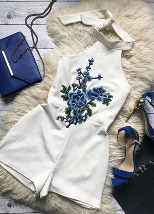 Шикарный ромпер missguided с вышивкой комбез в цветы комбинезон белый
