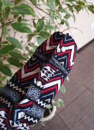 Стильная, качественная, рубашка с капюшоном divided  от h&m , оригинал