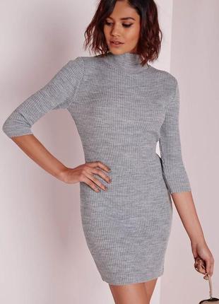 Шикарное вязаное серое платье в рубчик missguided
