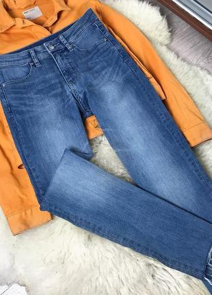 343 стильные джинсы завышенной посадки с необработанным краем uniqlo