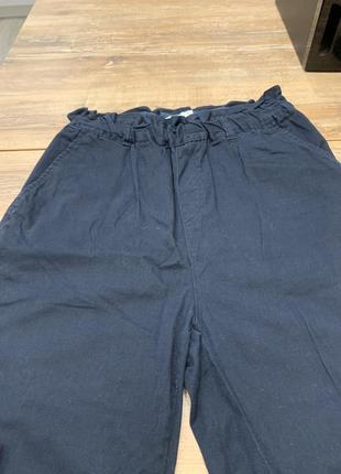 Брюки штаны с высокой талией на резинке темно-синие gina tricot