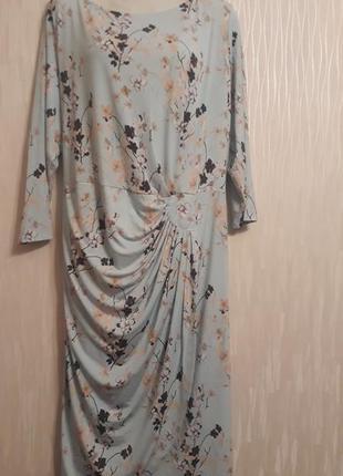 Платье большого 60-62 размера
