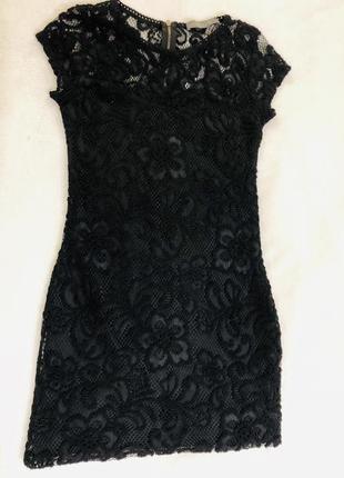 Красивое коктейльное платье.
