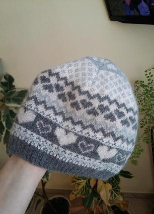 Теплая шапка accessorize шерсть и ангора в составе