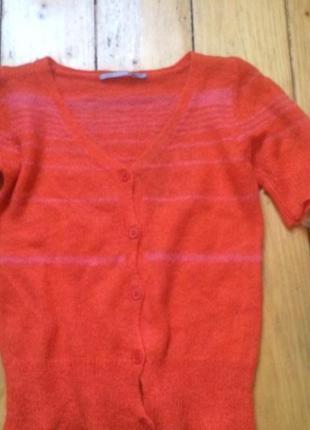 Яркий шерстяной свитерок шерсть