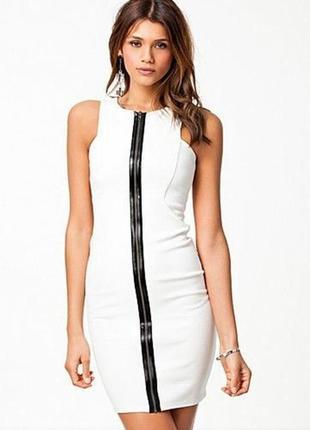 Белое платье футляр с контрастной черной молнией river island