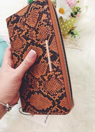 Макси кошелёк портмоне со змеиным принтом