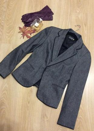 Стильный пиджак жакет , шерсть  р. s, m