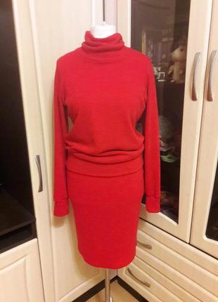 Шикарный теплый костюм юбка и свитер