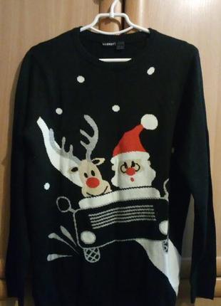 Удлиненный новогодний свитер-платье