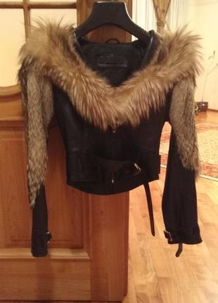 Кожаная куртка шубка с мехом лисы и волка1 фото