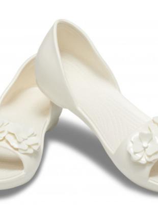 Кроксы босоножки, балетки белые