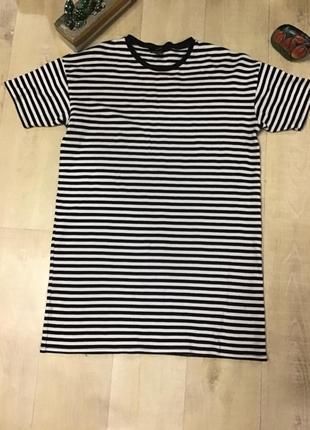 Длинная футболка-платье  forever 21