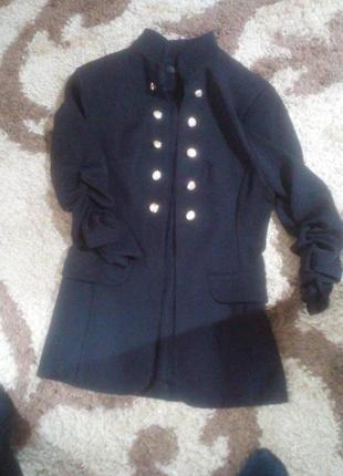 Класный пиджак для девочки