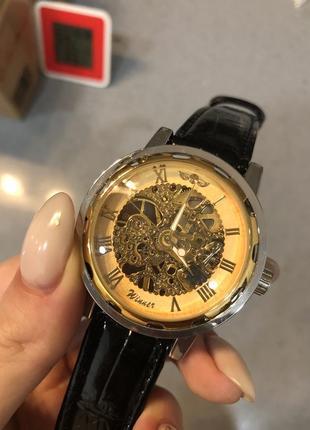 Очень красивые мужские механические часы
