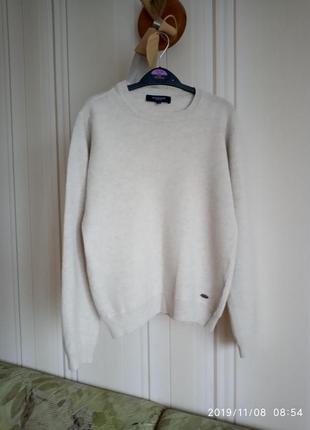 Шерсть высшего качества свитер
