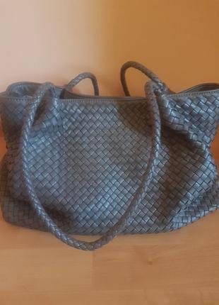 Шикарная кожаная сумка  bottega veneta