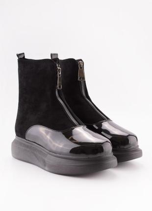 Супер тёплые и стильные зимние ботинки!качественные!густой мех!