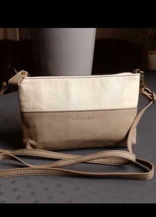 Красивая сумка кроссбоди фирмы ceannis в новом состоянии
