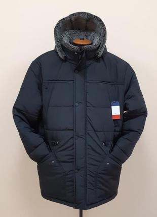 Зимняя куртка парка больших размеров.