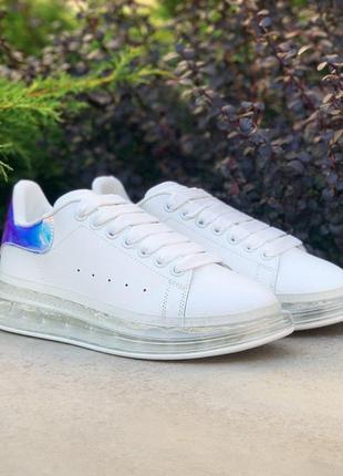 Шикарные женские кроссовки alexander mcqueen iii oversized air crystal sole white laser