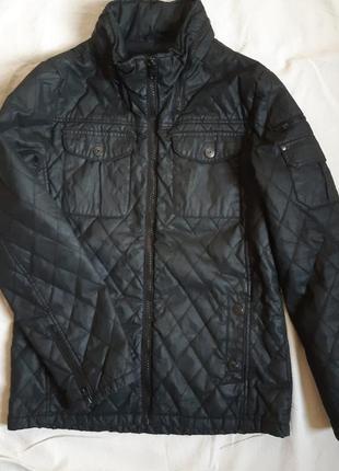 Мужскпя демисезонная куртка стеганная