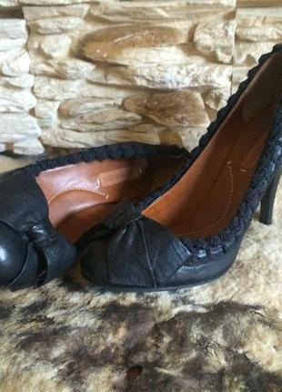 Кожаные туфли bcbg max azria оригинал 37 размер