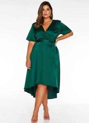 Шикарное изумрудное зелёное платье