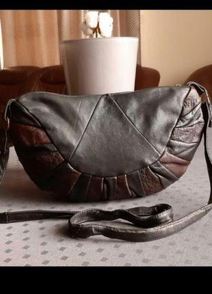 Кожаная черно коричневая сумка кроссбоди