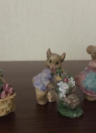 Статуэтки трио мышек-садоводов