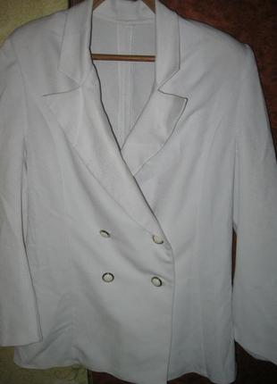Молодежный женский пиджак