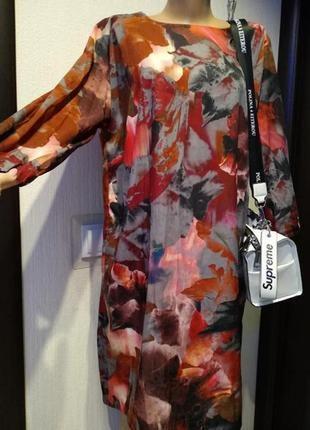 Платье прямого покроя бохо стиль с небольшим удлинением сзади