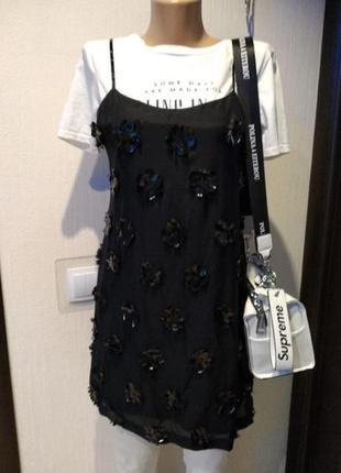 Крутое мини платьице коктейльное шелк/хлопок и кожаные цветочки
