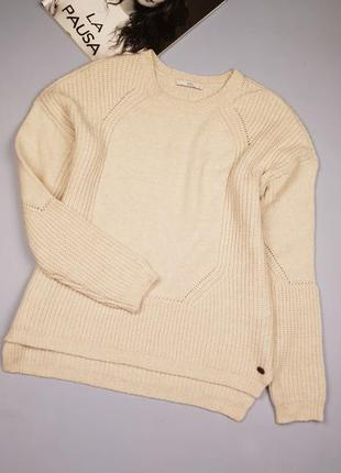 Вязаный свитер e d c