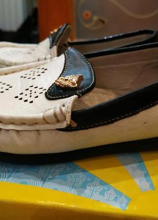 Мокасины, тапочки туфли кожанные детские белые