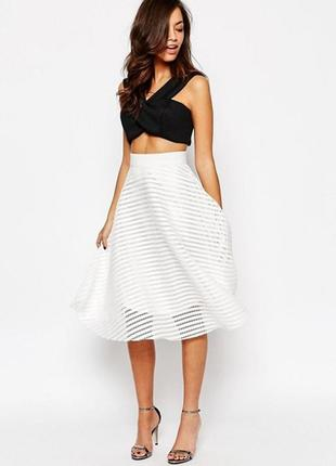Пышная белая юбка