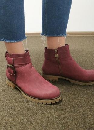 Ботинки цвета бордо even&odd