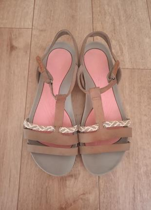 Босоножки clark's сандали летняя спотривная обувь