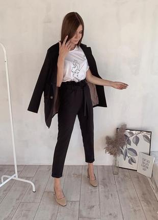 Стильный, женский базовый брючный костюм