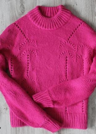 Яркий  мягкий розовый свитер фуксия gina tricot