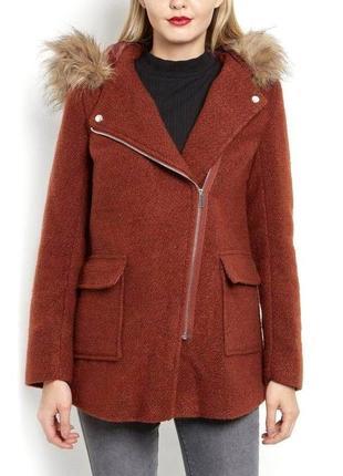 В наличии - терракотовое деми-пальто с капюшоном *new look* 16/44 р.