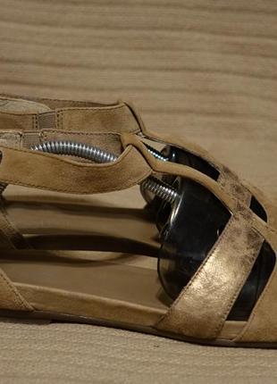 Красивые комбинированные кожаные босоножки с закрытым задником go soft германия 40 1/2 р.